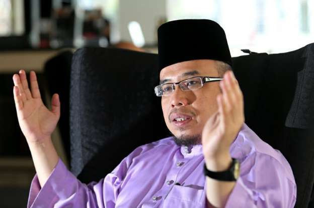 Individu Diarah Bayar Ganti Rugi RM150,000 Pada Mufti Perlis