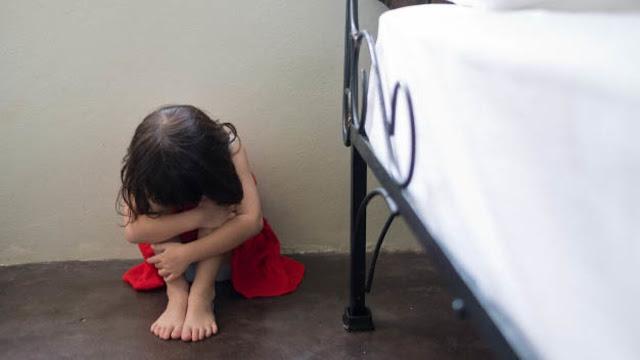 «Отец насиловал меня с шести лет»