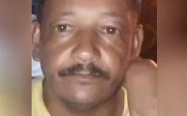 Bahia: Homem manda mensagem para família, eles correm para impedir e o encontra morto em fazenda.