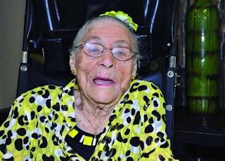 Orang Paling Tua Di Dunia - Gertrude Weaver