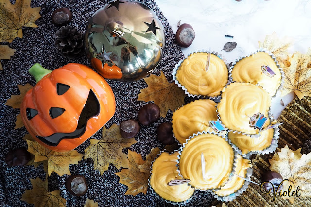 How to bake Halloween cupcakes