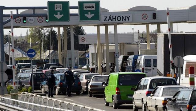 Már csak egy órát kell várakozniuk a kilépő személyautóknak Záhonynál