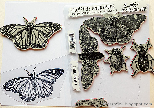Layers of ink - Crackling Campfire Tag Tutorial by Anna-Karin Evaldsson. Tim Holtz Specimen stamp set.