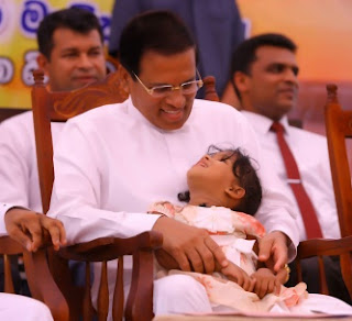 """""""From small days daughter likes Maithri Seeya"""" -- mother of Danulya the kid who went towards President from among the crowd ... speaks"""