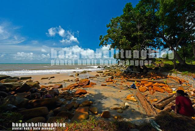 wisata-pantai-belitung-bukit-batu-manggar