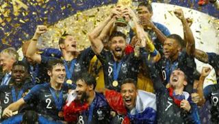 أصبحت فرنسا الفائز بكأس العالم