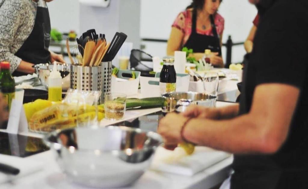 Talleres del taste fuerteventura ofrece cocina divertida for Cocina divertida para ninos