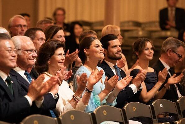 Queen Silvia and First Lady Kim Jung-sook, Crown Princess Victoria, Prince Carl Philip and Princess Sofia at concert