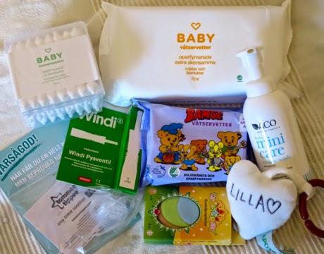 Skimmerskuggan  Babybox från Apotek Hjärtat och Lloyds Apotek a413f7f8f90ba