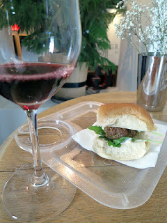 GreenLane Cabernet with Lil' Lamb Slider