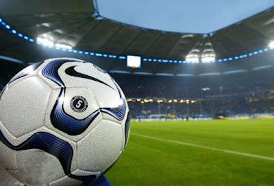Gaji Pemain Sepak Bola Akan Dibatasi
