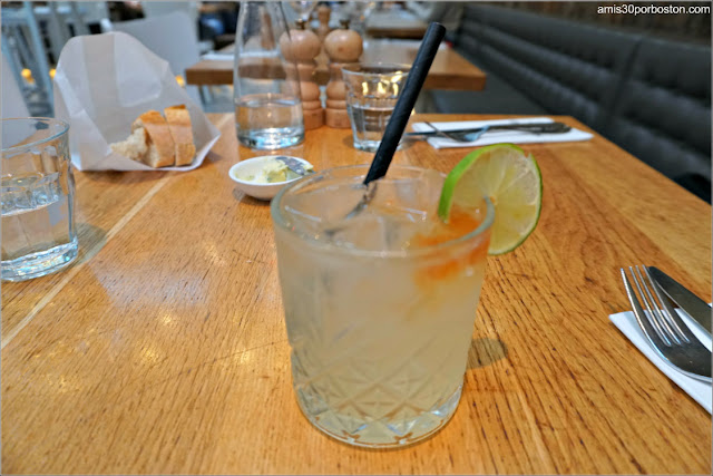 Dutch 'n Stormy de The Seafood Bar en Amsterdam