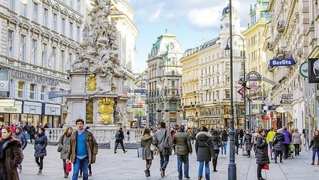 منح دراسية لدراسة الماجستير والدراسات العليا في النمسا بتمويل يصل الى 1000 يورو