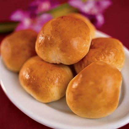 Manapua (meat-filled dinner rolls) Recipe