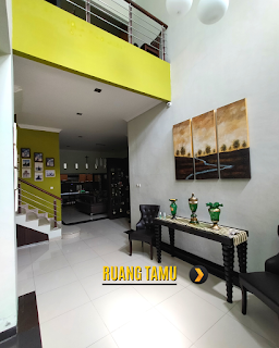 Ruang Tamu Rumah 2 Lantai Semi Furnished 3 Kamar Tidur di Komplek Bumi Asri Jalan Asrama Pondok Kelapa Helvetia Medan