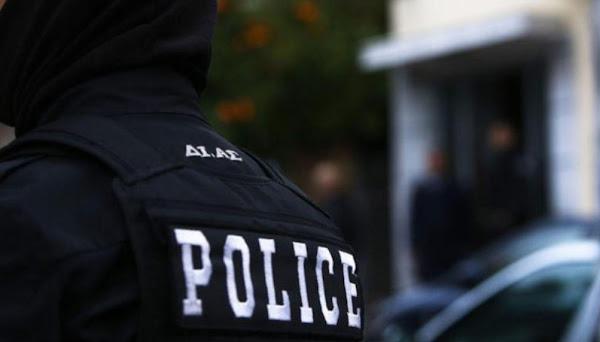 Στυλίδα: Οι «Αδιάφθοροι» συνέλαβαν ένστολο που διακινούσε  ναρκωτικά