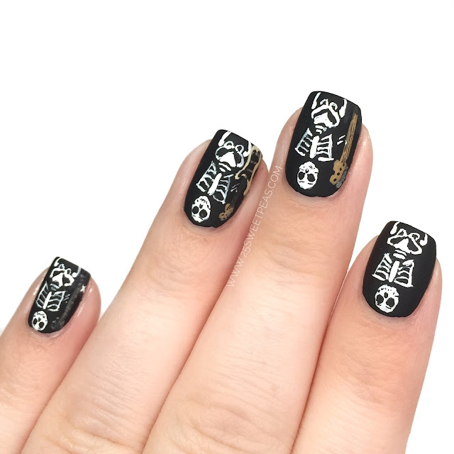 5 Seconds of Summer Valentine Nail Art