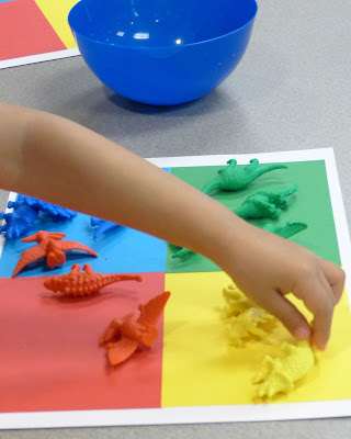 Dinosaur activities and books - fun science, math, and of course literacy.  I love the Jurassic sand idea!