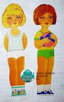 Советские бумажные куклы две девочки одна девочка с мячом мяч вторая блондинка светлые волосы.