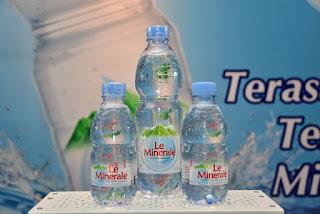 Varian kemasan air mineral Le Minerale
