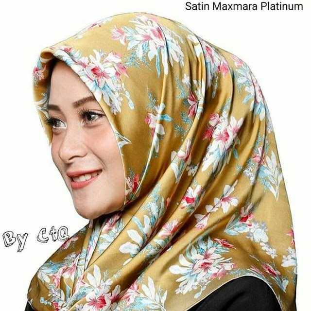 Jilbab Segi Empat Satin Maxmara Platinum Gold