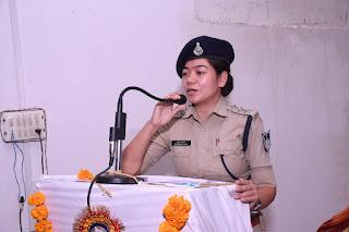 अपराध रोकने में पुलिस की मदद करें परिषद की महिला शाखा - डीएसपी थापा