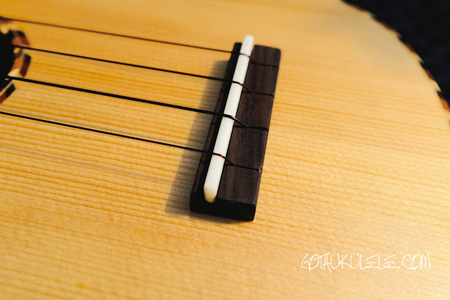 Millar SP-210LL Ukulele bridge