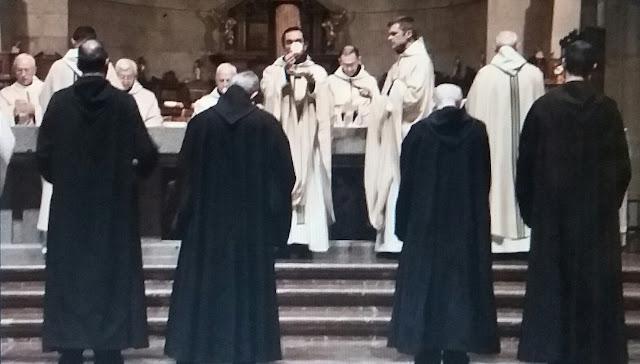 El Ejecutivo prevé la salida de los monjes benedictinos del Valle de los Caídos