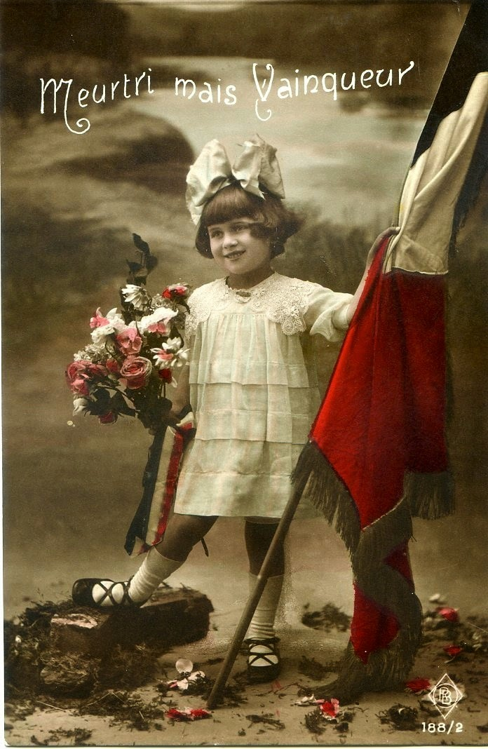 beautiful french propaganda postcards from world war i