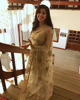 Malavika Mohanan Cute Malayalam Actress 008.jpg