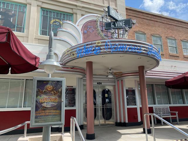 Magic Kingdom 2020 Halloween Minnie's Hollywood Dine at Hollywood & VineWalt Disney World Resort