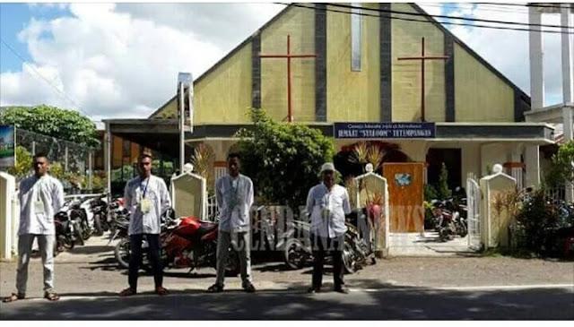Bertameng Toleransi, Para Pemuda Muslim Sulut Jaga Gereja Saat Paskah