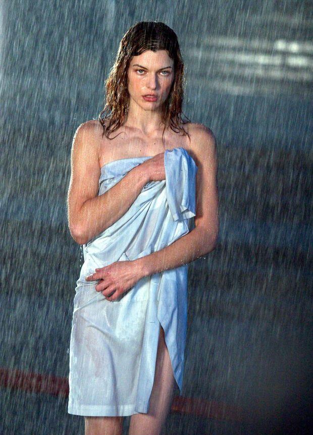 Resident Evil: Apocalypse (2004), Milla Jovovich