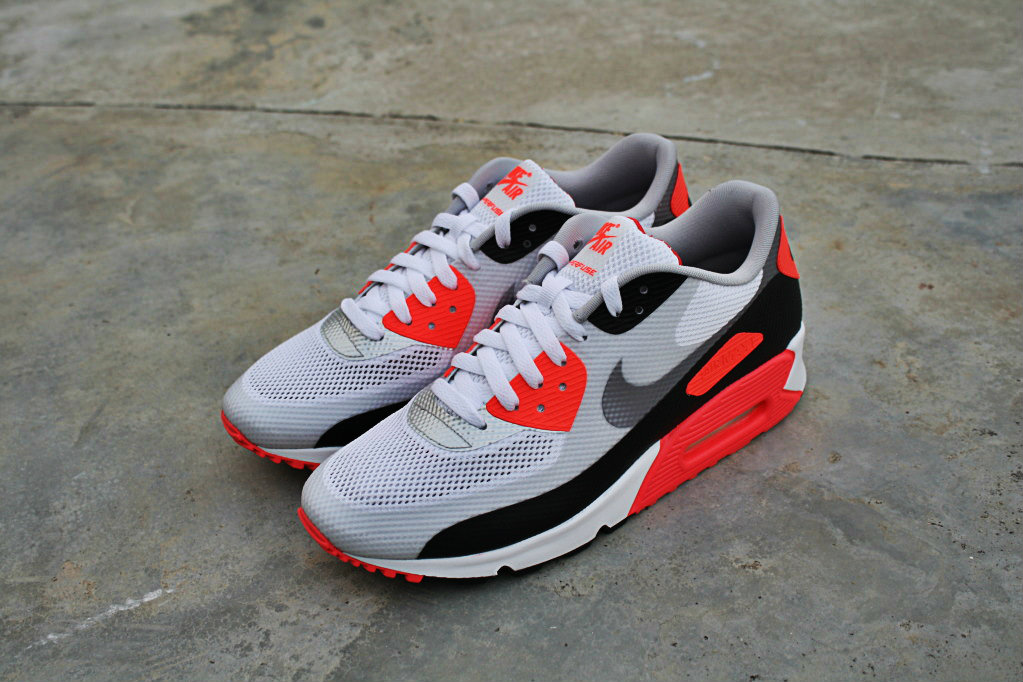 ShoeAffliction: NIKE AIR MAX 90 HYPERFUSE NRG INFRARED