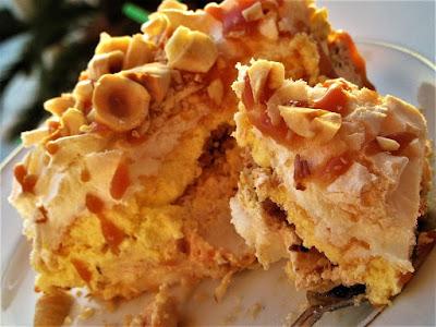Karamel kolač / Caramel cake
