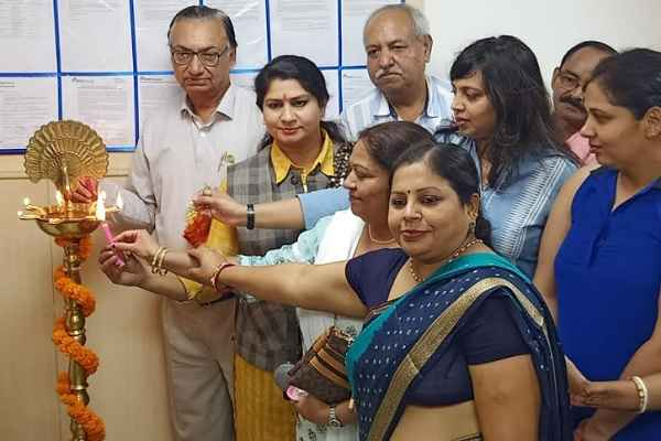 bjp-leader-aneeta-sharma-inaugurate-icici-branch-greenfield-colony