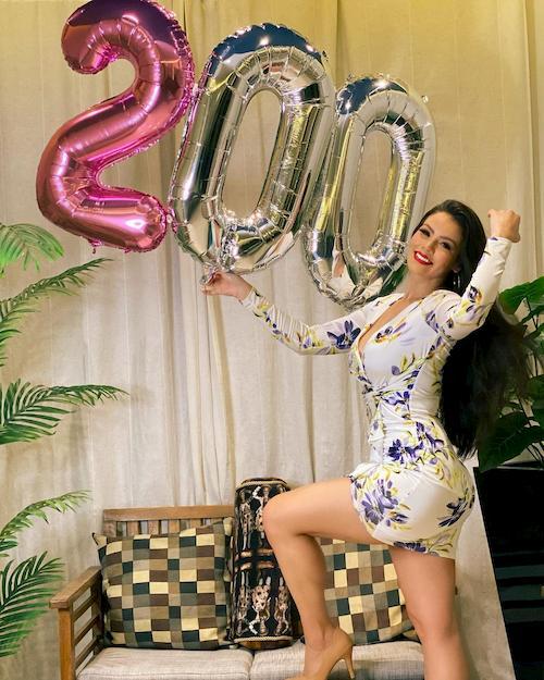 الراقصة البرازيلية لوردانا والانستجرام