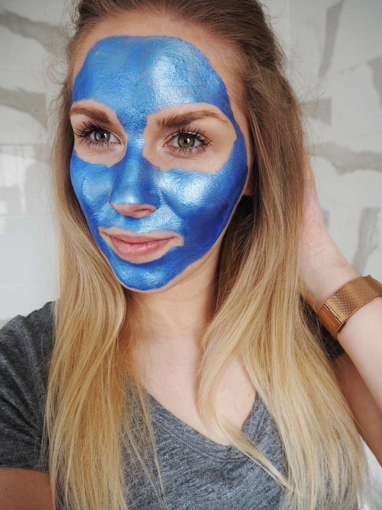 GlamGlow GravityMud Review Limited Sonic Edition for Toned and Lifted Skin