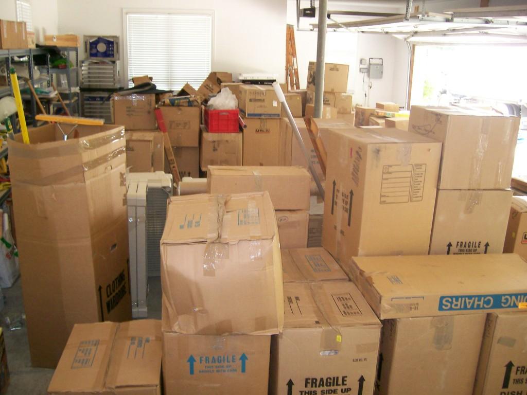 """Résultat de recherche d'images pour """"boxes moving out"""""""