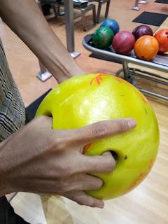 Bola bowling