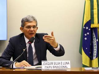 Bolsonaro coloca um general na presidência da Petrobras