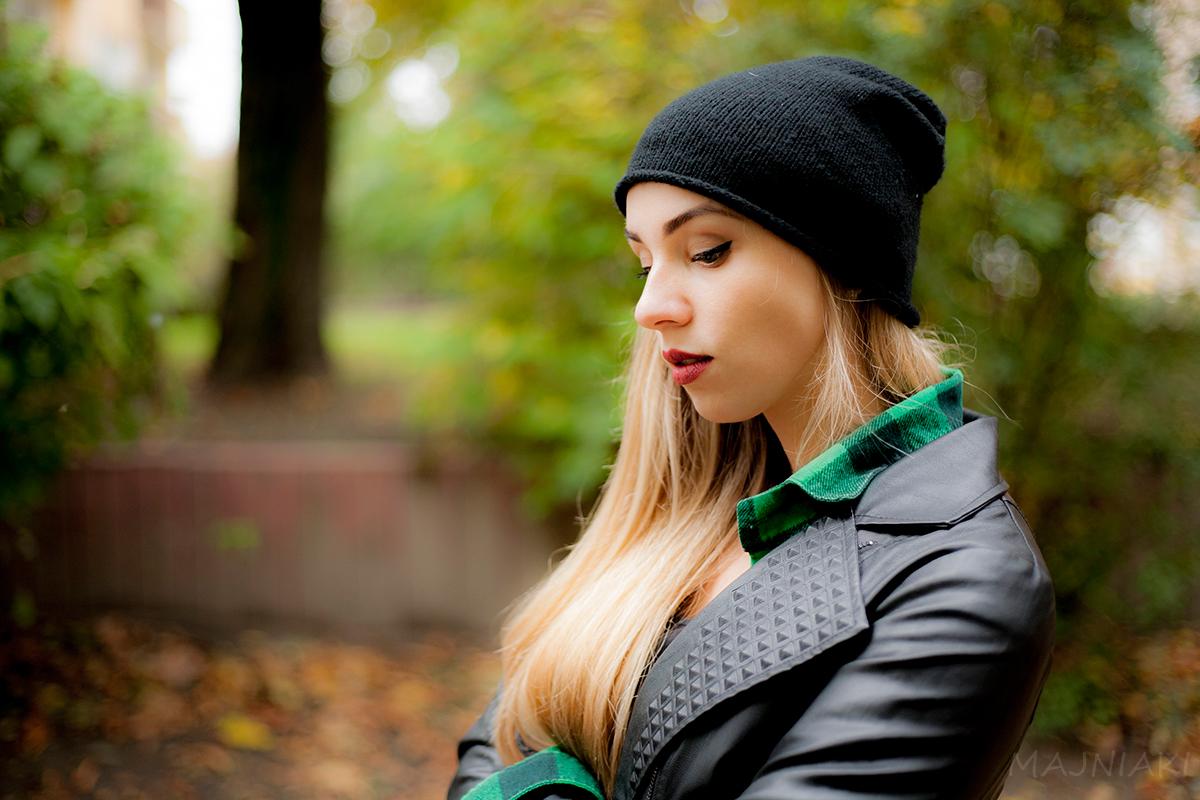 Autumn rebel look - denim, plaid and perfecto motorcycle jacket