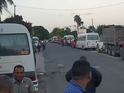 En Nagua: Huelga Transporte afecta miles de pasajeros