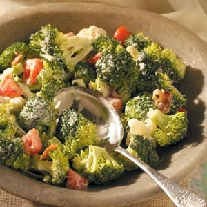 FoodBytes Favorite Broccoli Salad