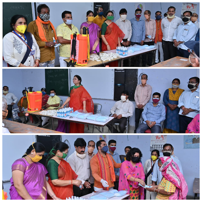 शंकरपुरवा वार्ड तृतीय में वितरित किया सैनिटाइजर व मास्क