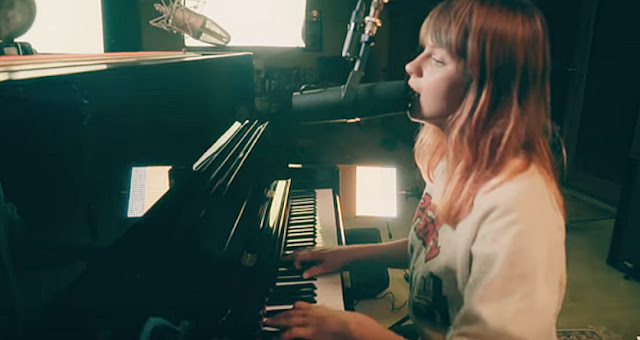 Gabrielle Aplin - Miss You Lyrics, Video