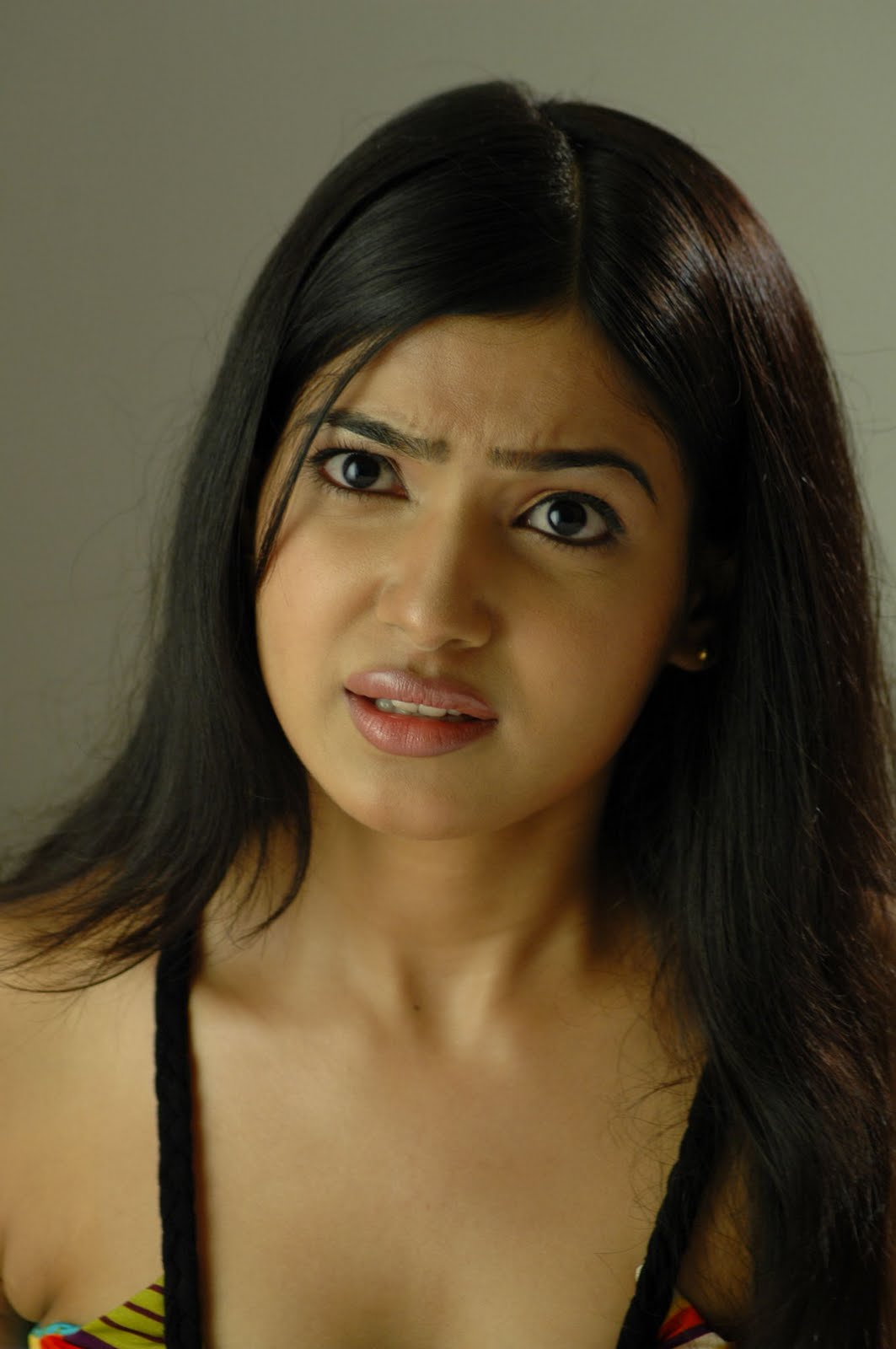 Actress Samantha Photo Gallery  Samantha Heroine-7283