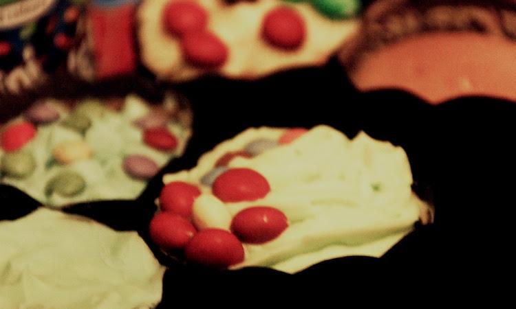 Cupcake with Rara