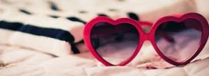 Óculos femininos formato coração