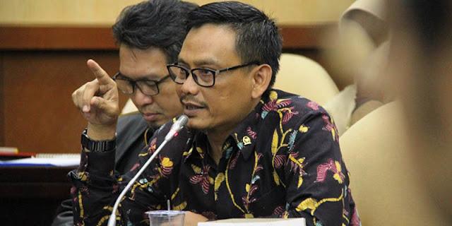 CPNS Guru Dihapus, Abdul Fikri Faqih: Apakah Negara Ini Jadi Swasta?
